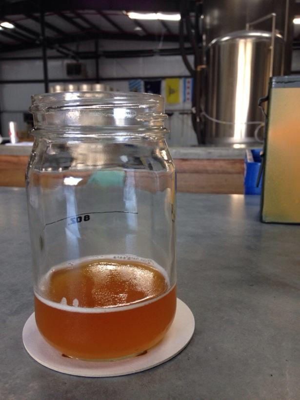 Brewery 85's 864 Weizen